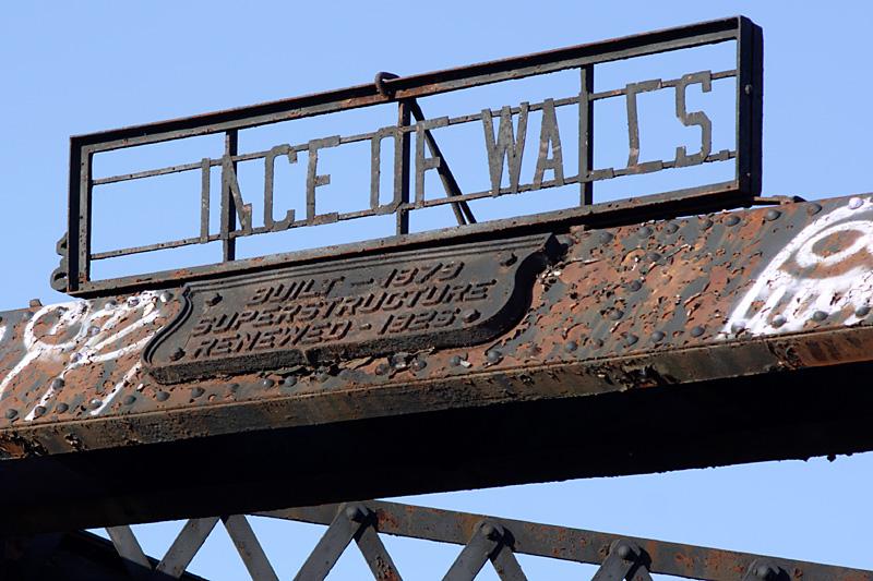 Name:  Old Bridge,a.jpg Views: 188 Size:  197.8 KB