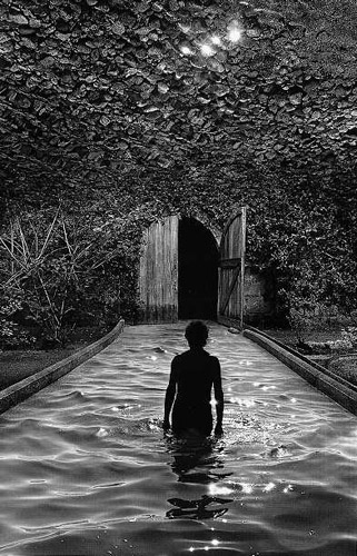 jerry uelsmann biography Uelsmann untitled: a retrospective [jerry n uelsmann, carol mccusker] on amazoncom free shipping on qualifying offers the history of photography has had very few individuals who have.