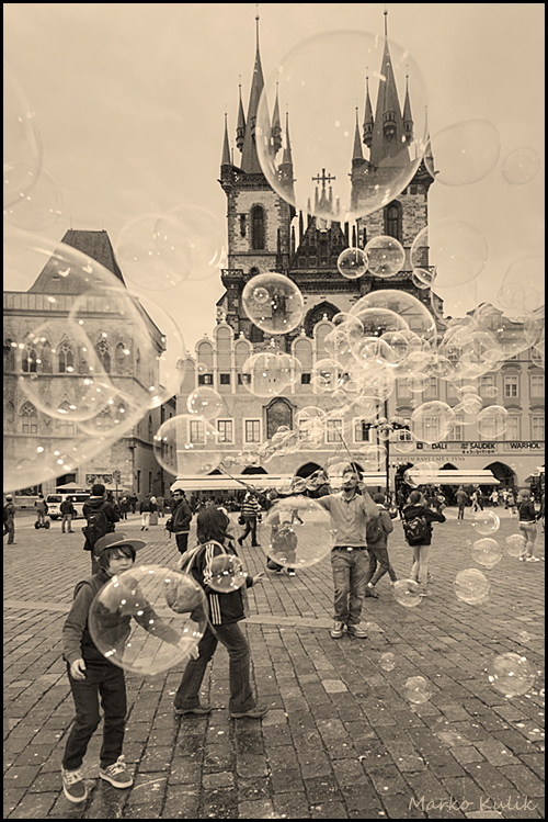 Bubbles, Kids and the Tyn Church - Prague CZ